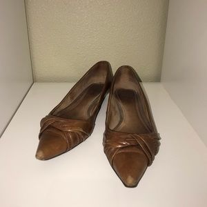 Size 9.5 Aldo leather pointed toe flats